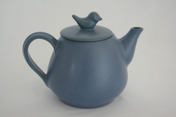 Stoneware ceramic tea pot