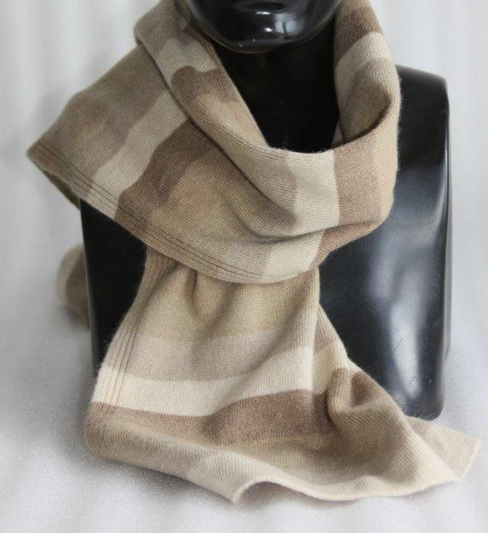 100% Cashmere Stripe Muffler