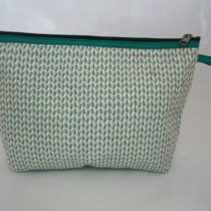 Heavy Yarn Cotton and Viscose Toilet Bag / Purse