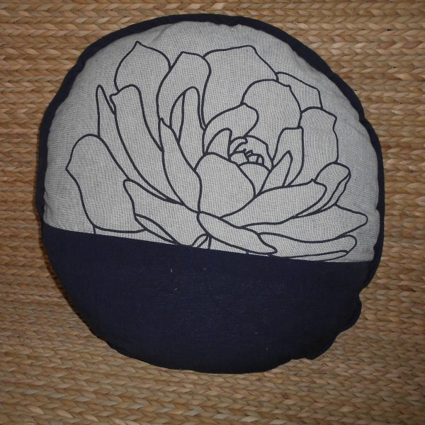 Round Cushion Cover with Pillow