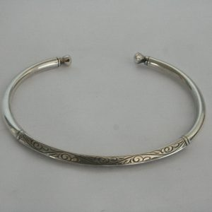 Silver Cally Carving Bangle