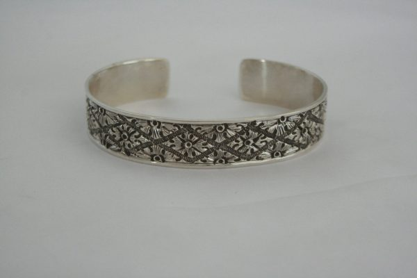 Silver Flate Carved Bangle