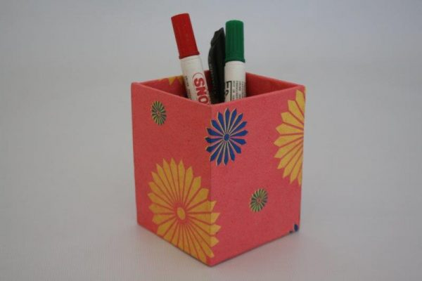 Three Flower Range Pencil Holder