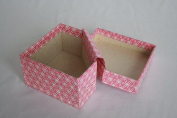 Diamond Shape Gift Box