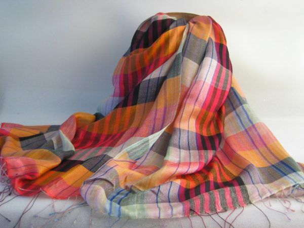 100% Sheep Wool Check Shawl